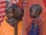 Masai women and children, Selenkay, Kenya (by Paul Mannix)