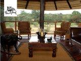 Deck & Lounge