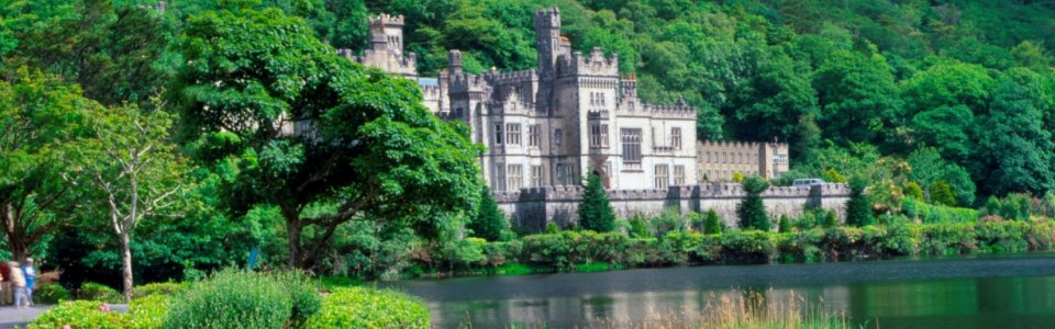 Historic Houses & Gardens of Ireland