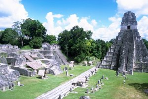Past & Present Maya culture in Guatemala and Honduras